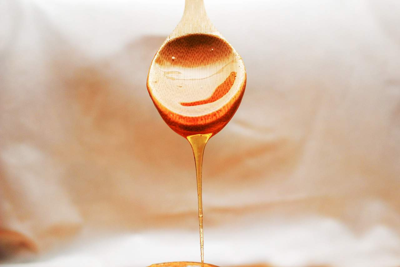 tea spoon of honey